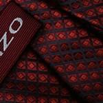 Fukcje krawata – Krawat z tkanym logo