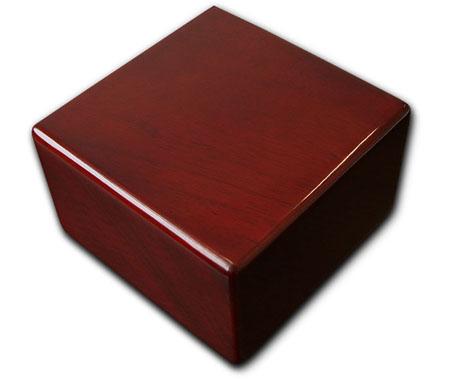 Opakowanie kartonowo-drewniane